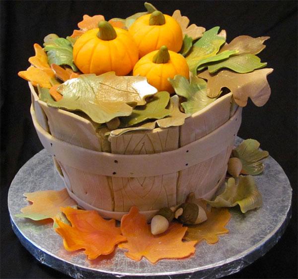 Torta autunnale in pasta di zucchero n.28