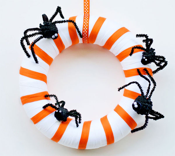 Ghirlanda di Halloween fai da te n. 32