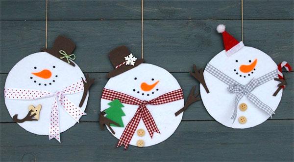 Idee pupazzi di neve con vecchi CD