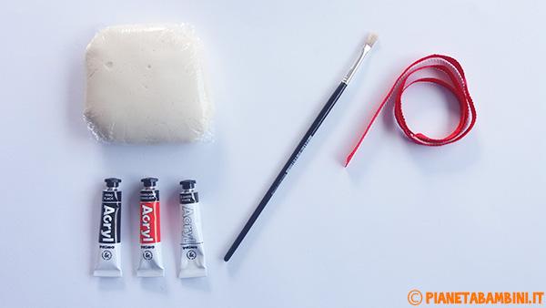 Occorrente per la creazione di Babbo Natale con la pasta di sale