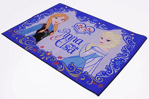 Tappeto di Frozen per la cameretta delle bambine n.3