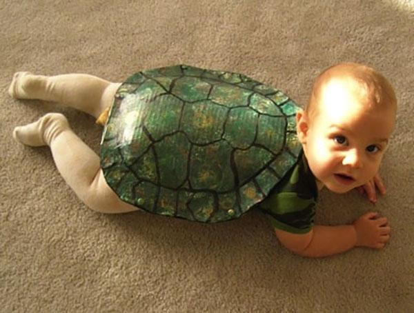 Costume per neonato fai da te da tartaruga