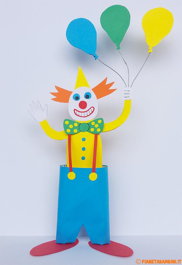 Pagliaccio con palloncini creato con cartoncini e fine rotolo di carta