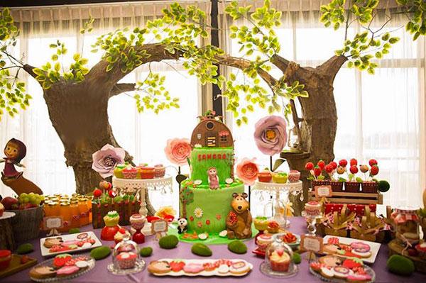 Idee per organizzare una festa a tema Masha e Orso per bambini