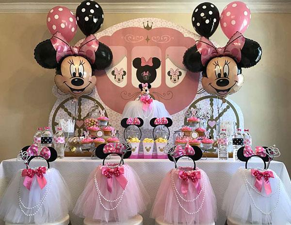 Idee per organizzare una festa a tema Minnie per bambini