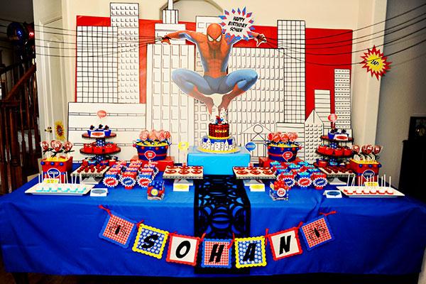 Idee per organizzare una festa a tema Spider man