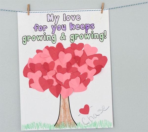 Lavoretto per la festa della mamma albero con cuoricini di carta