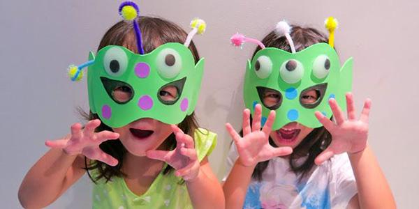 Idee e materiale per creare tante maschere di Halloween fai da te