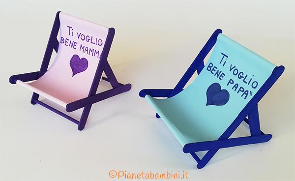 Le sedie a sdraio porta cellulare come lavoretto per bambini