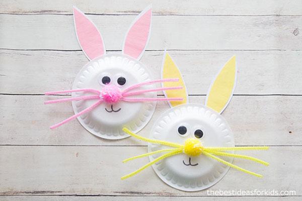 Come creare dei coniglietti con piatti di plastica