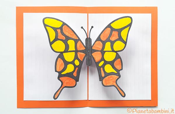 Immagine del biglietto pop-up con farfalla