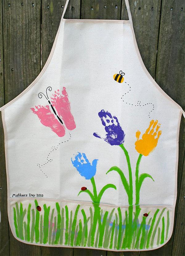 Come creare un grembiule decorato per la festa della mamma