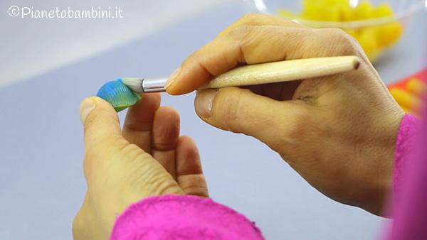 Come colorare la pasta per creare dei fiori di primavera
