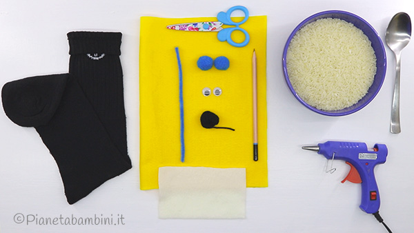 Occorrente per creare il pinguino con calzino