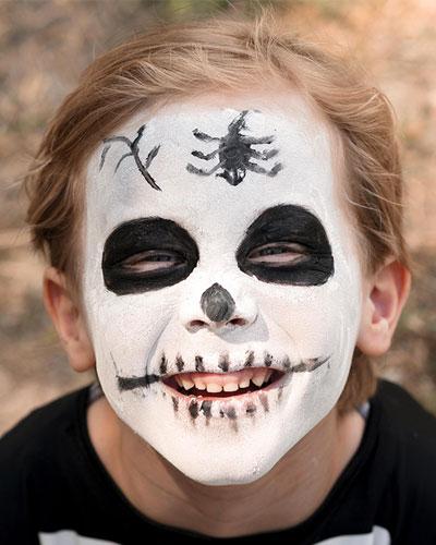 Immagine del trucco per il viso da teschio