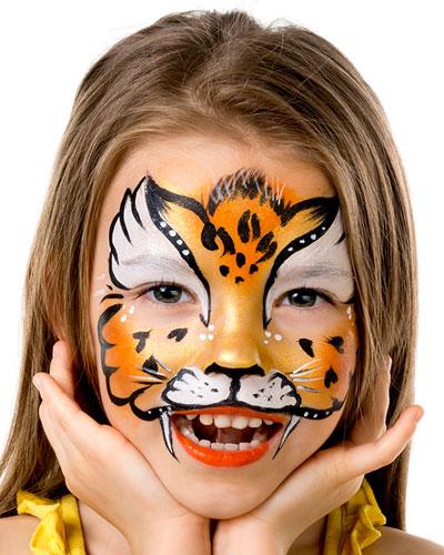 Immagine del trucco per il viso da tigre
