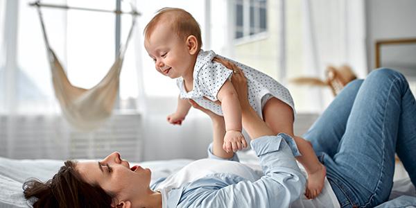 Giochi per bambini da 3 a 6 mesi