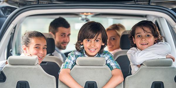 Giochi da fare in macchina con i bambini durante un viaggio